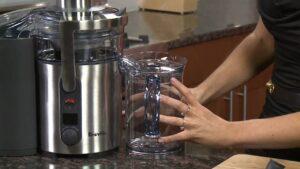 Cách làm sạch nhựa máy ép trái cây Breville